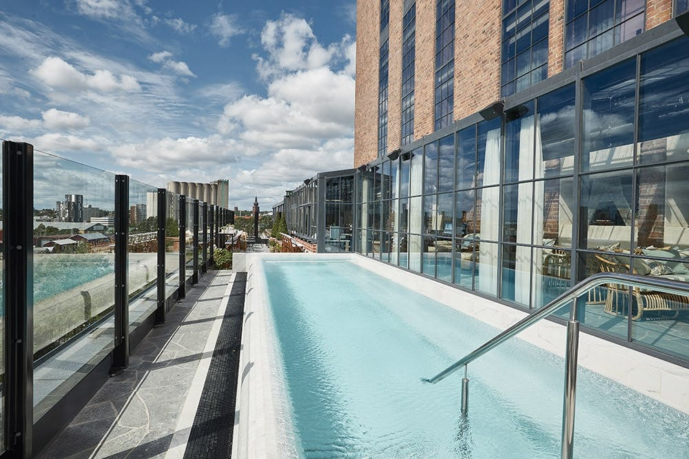 Spa swimmingpool sverige hotel