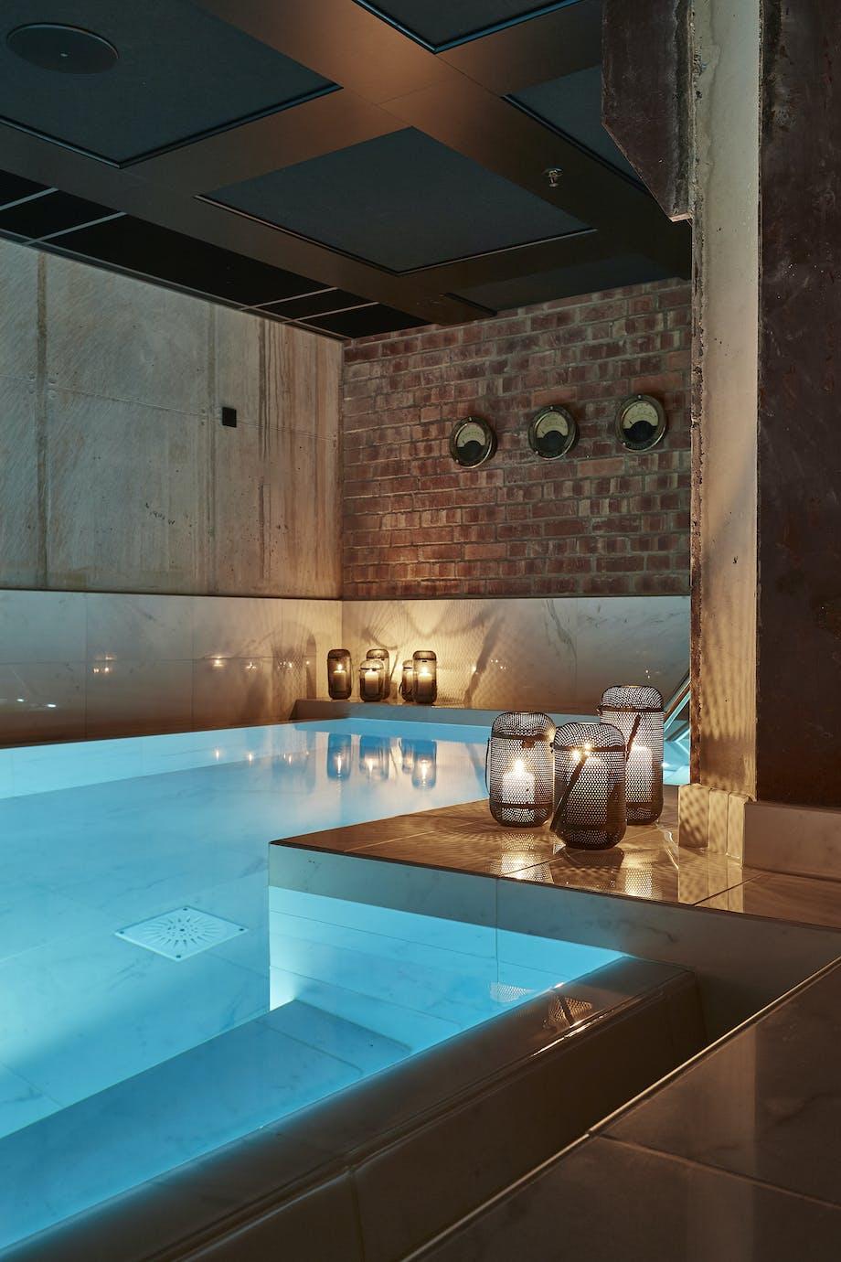 Spa lys pool luksus