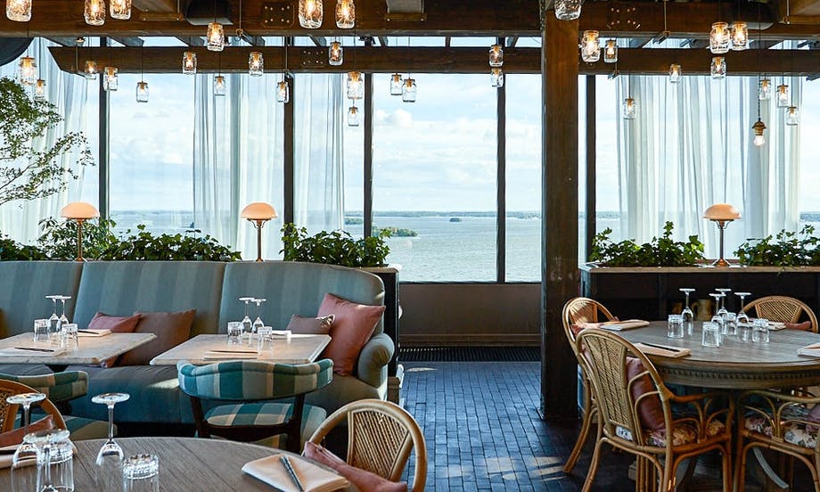 Hotel lounge restaurant