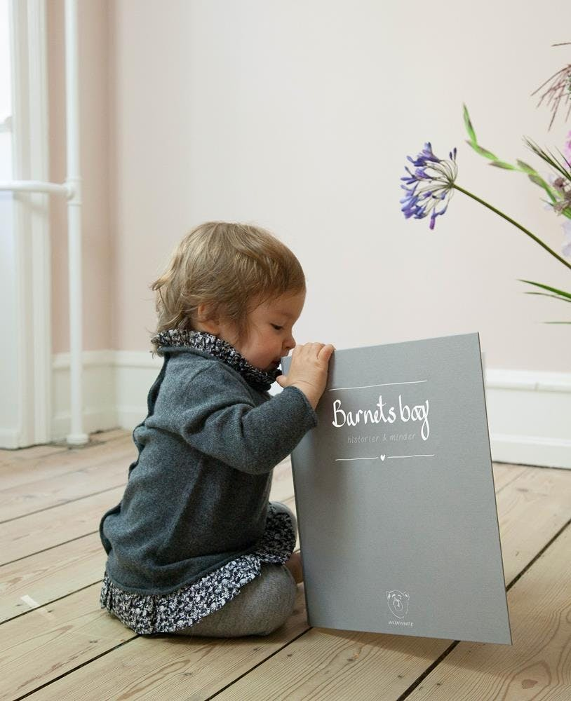 barnetsbog baby bog