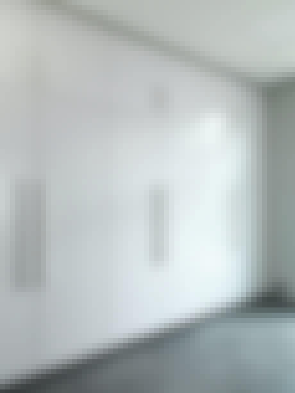 skab indbygget hvidt blank højglans