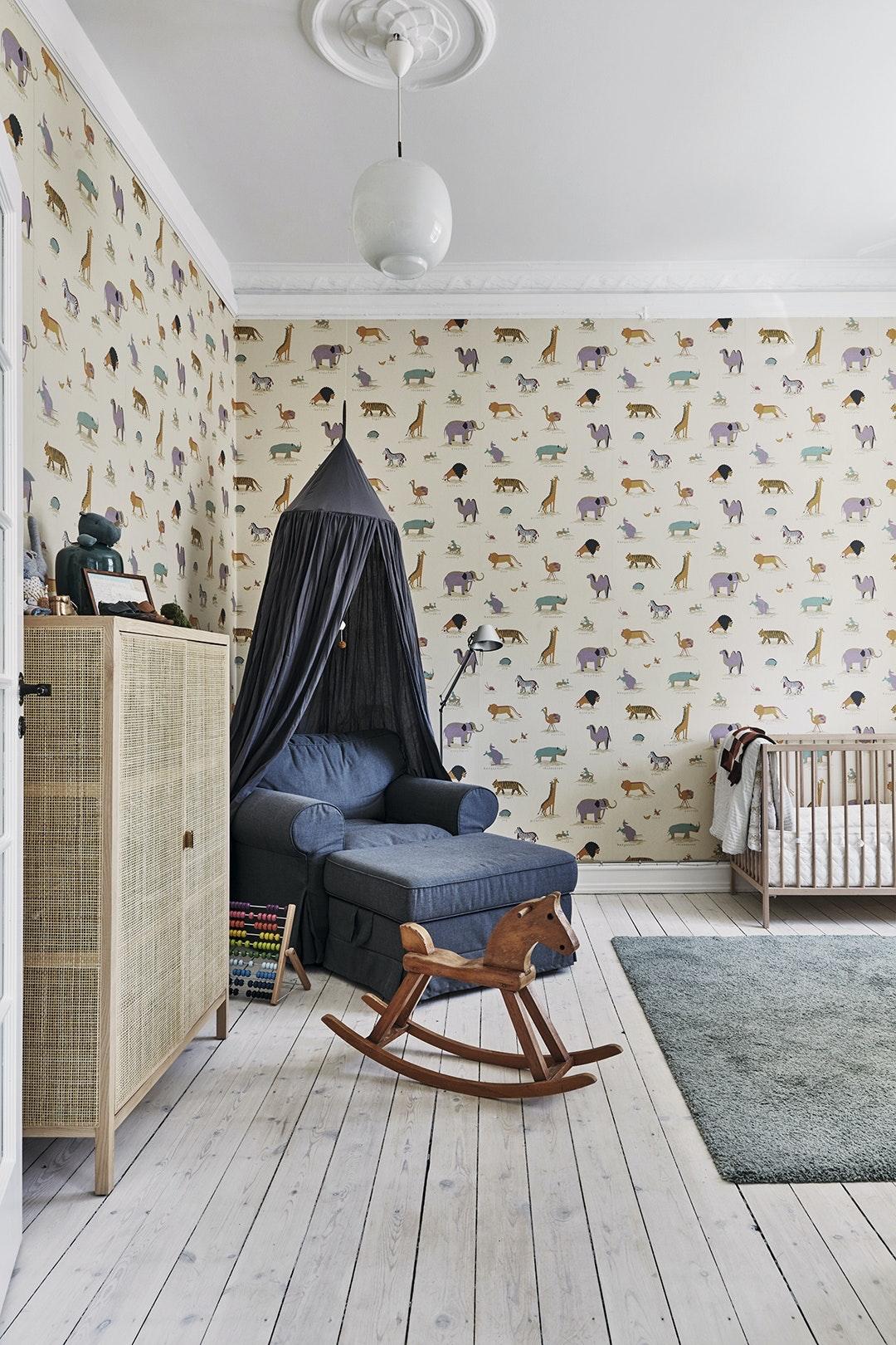 Børneværelse tapet møbler