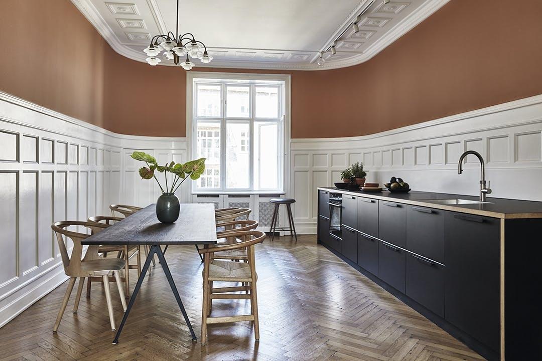 Køkkenalrum spisebord køkken
