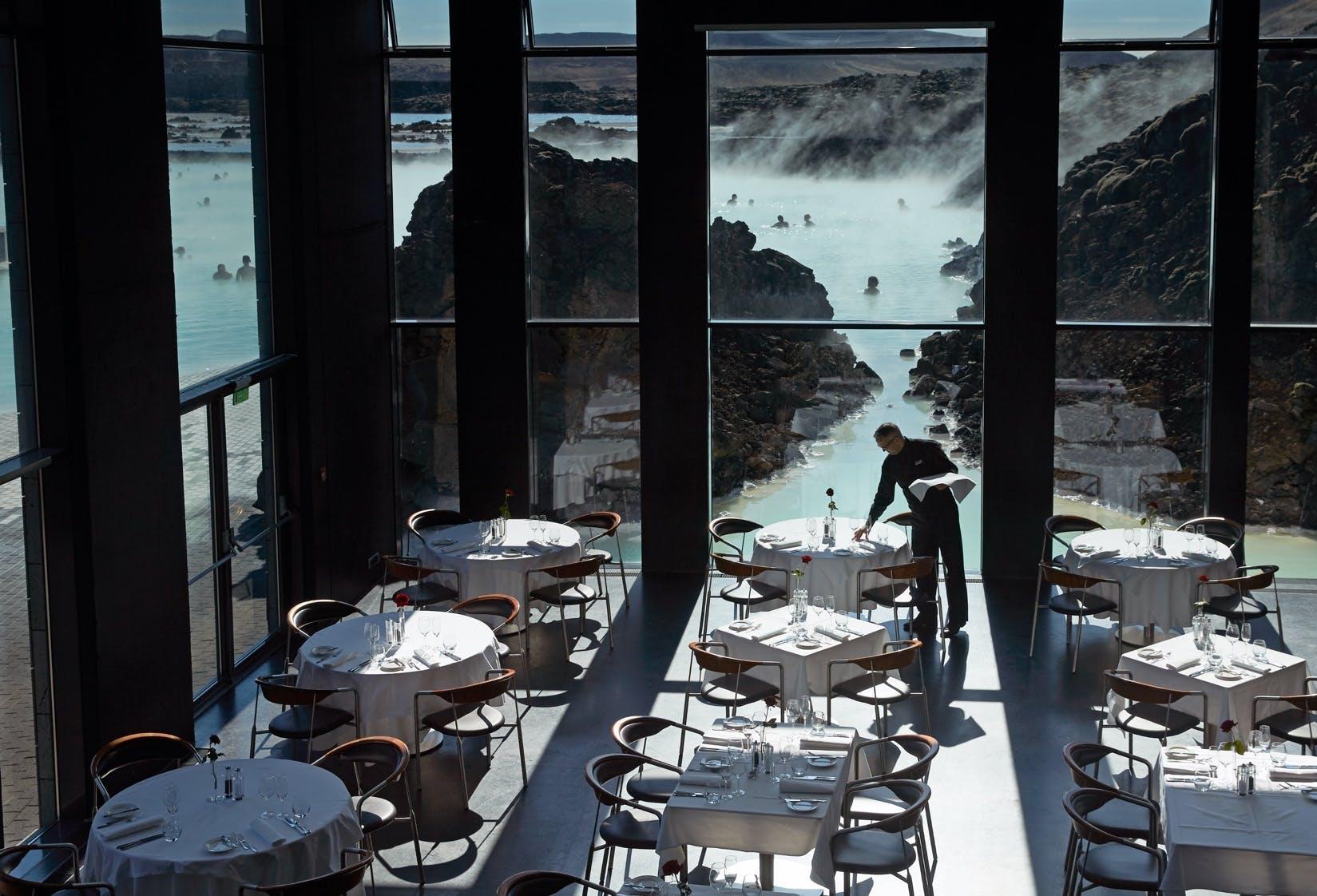 Restaurant hotel island