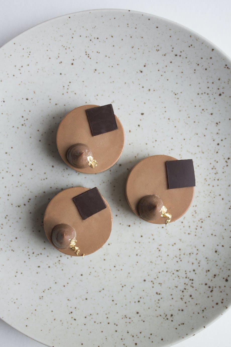 chokoladekage peanuts karamel ganache