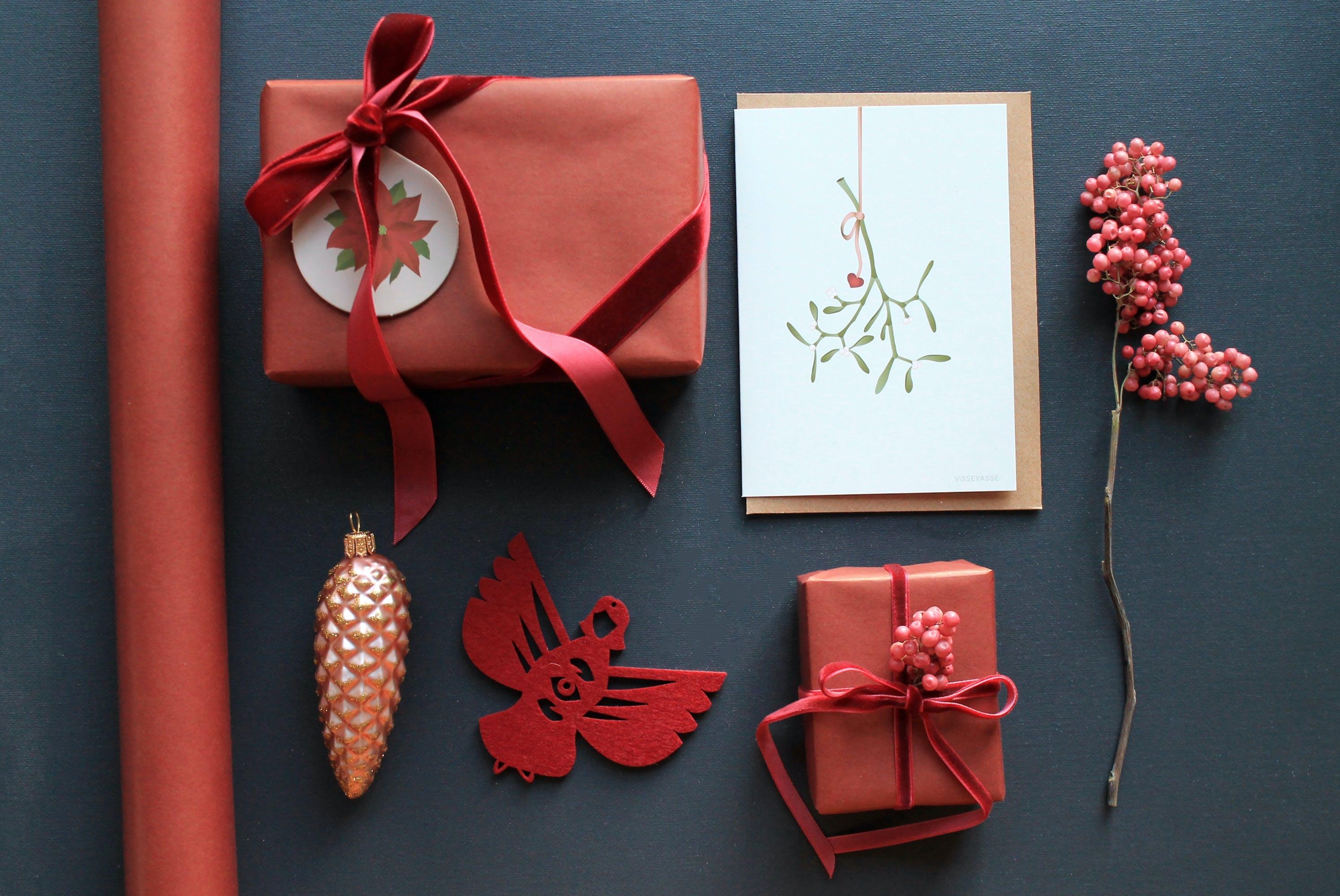 Gaveindpakning gaver kort