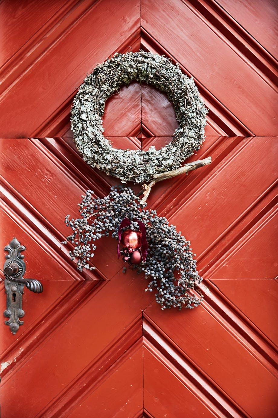 juledekoration krans dør pynt
