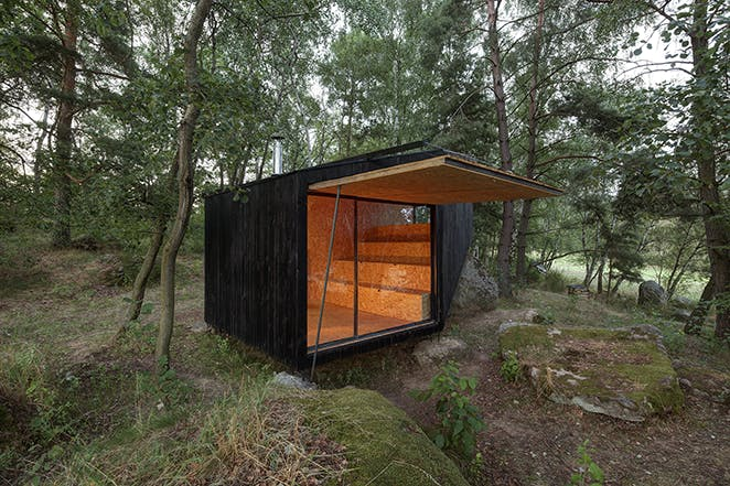 uhlik architekti sauna forest retreat Jan Kuděj