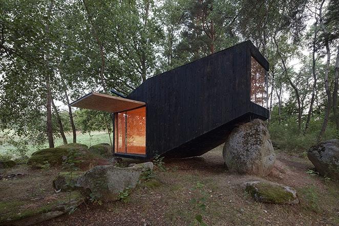 uhlik architekti sauna forest retreat Jan Kuděj