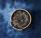 tærte chokoladetærte dessert mørk chokolade karamel jul