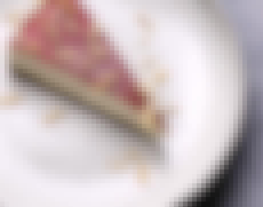 Cheesecake med kanel og pebernødder