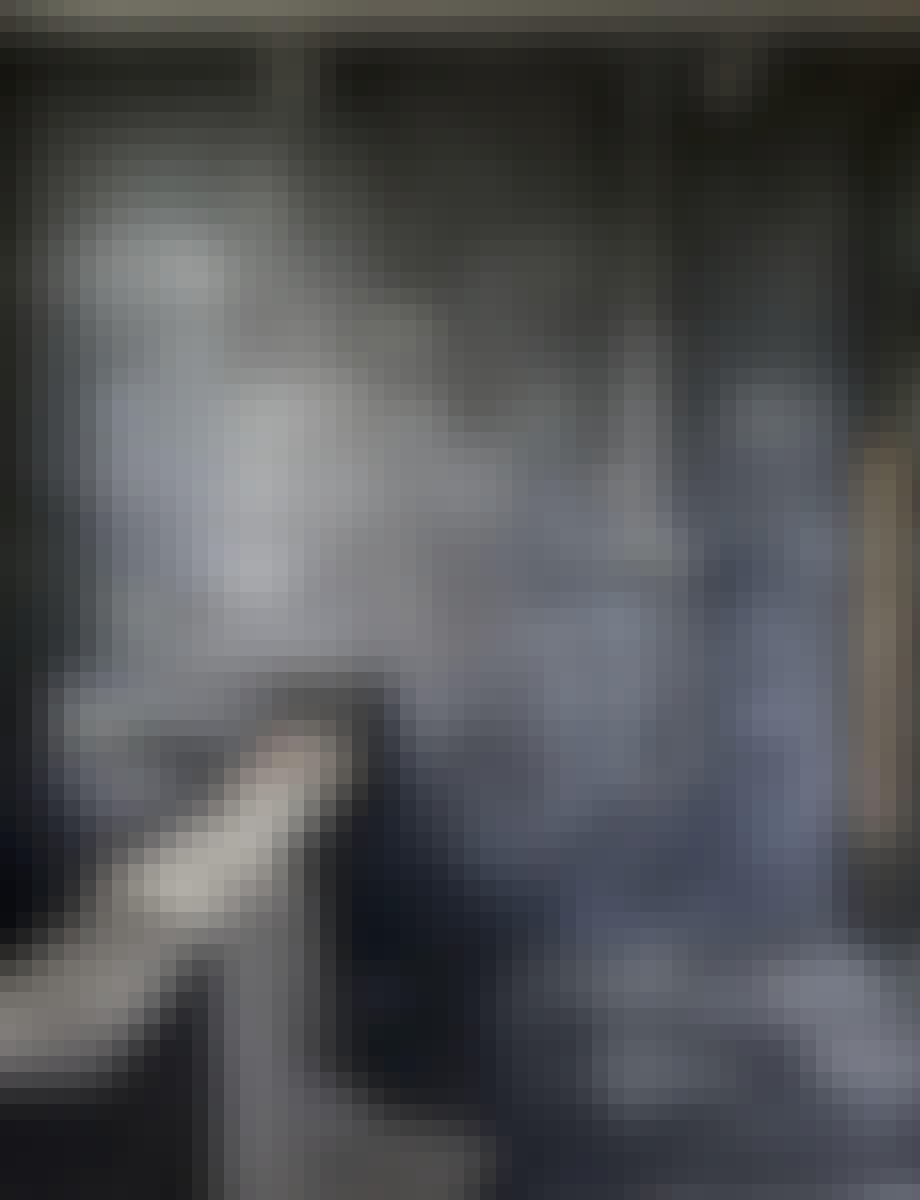 gråblå baderomsfliser