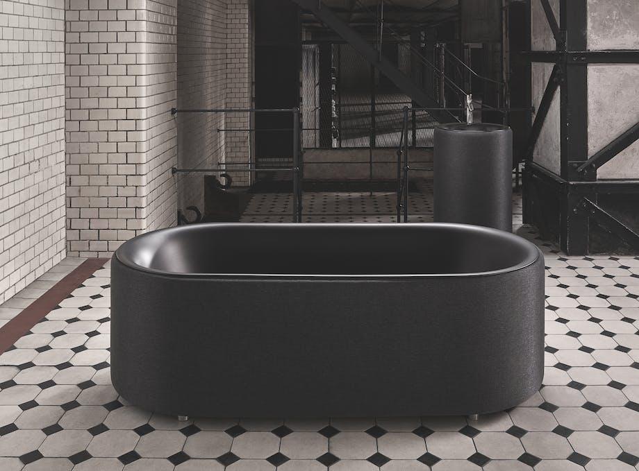mørkt badekar