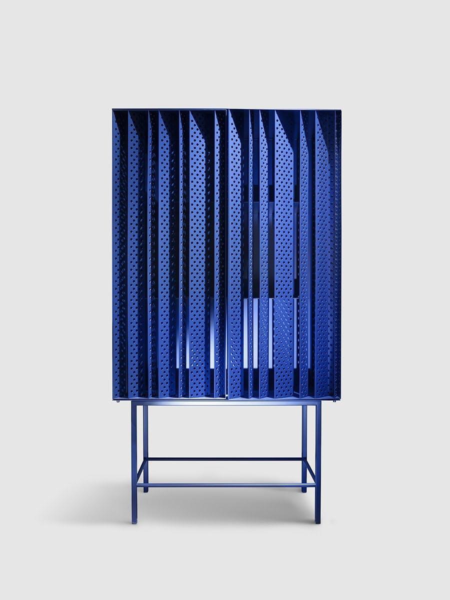 opbevaring i blå reol cabinet