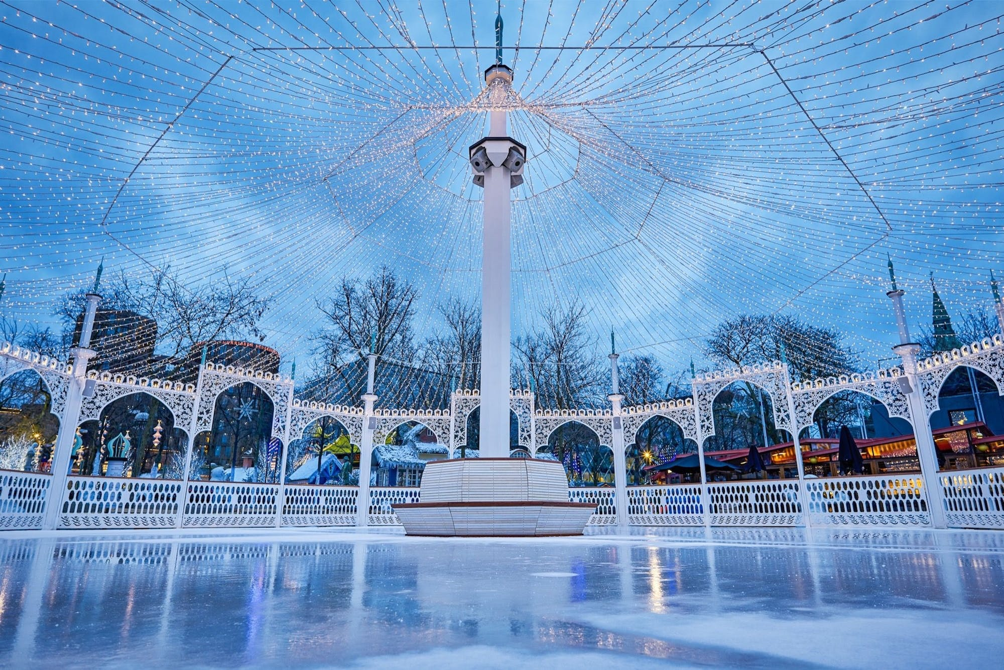 Vinter i Tivoli vintersæson skøjtebane