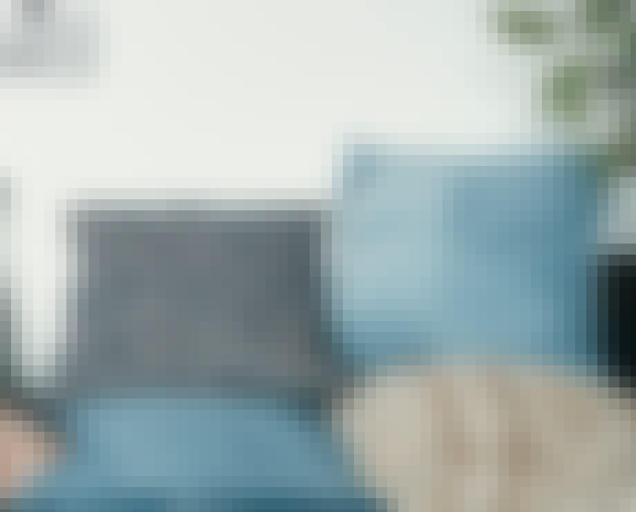 Pude i blå pastelfarve