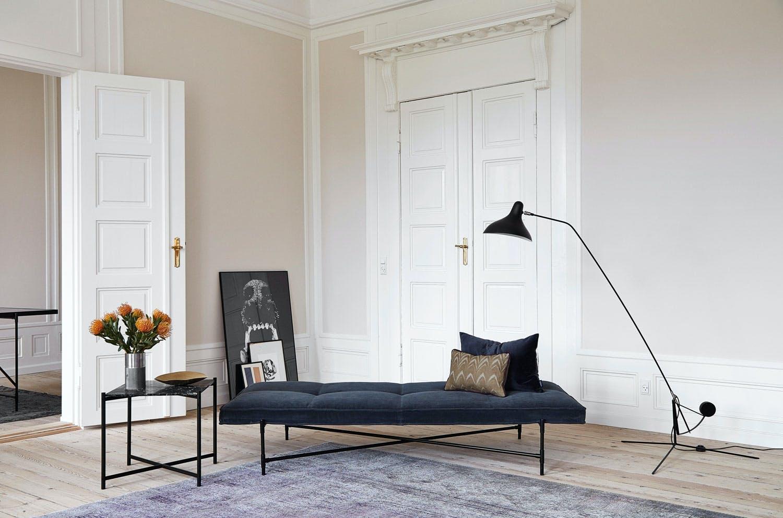 4. Sofaen lager veier i stua