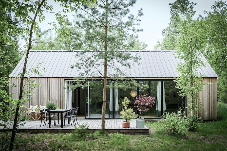 Sommerhus inspirert av låvebygg
