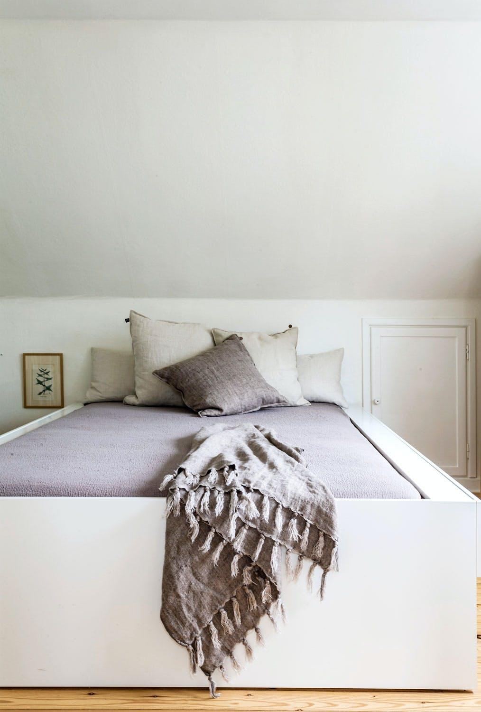 Minimalistisk og lunt på soverommet