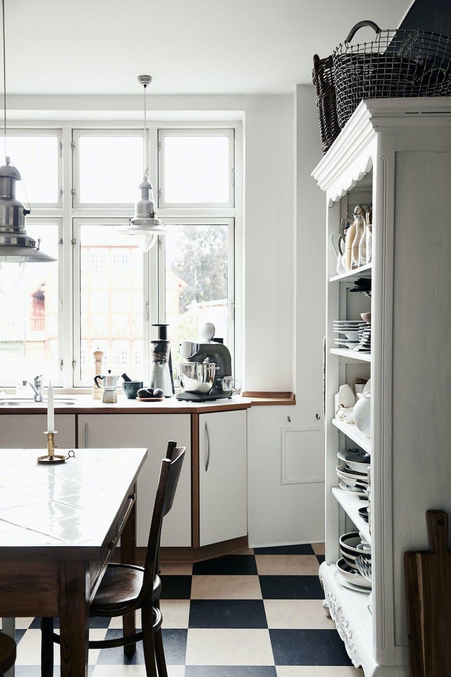 Skjevt og sjarmerende kjøkken
