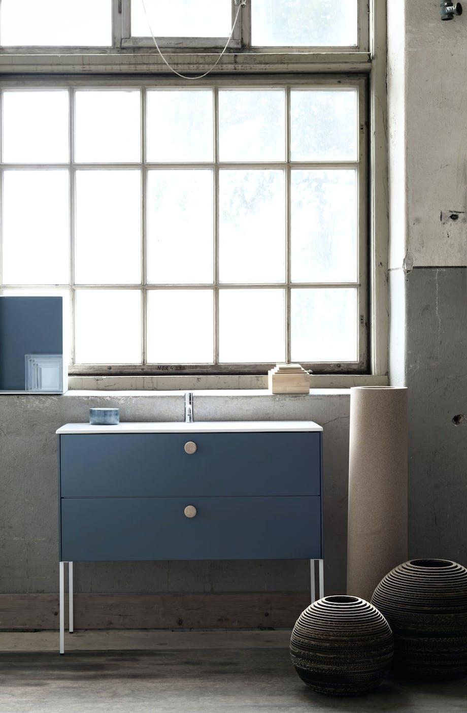 Møbler med farger
