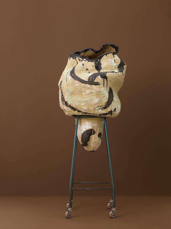 Abstrakt keramikk