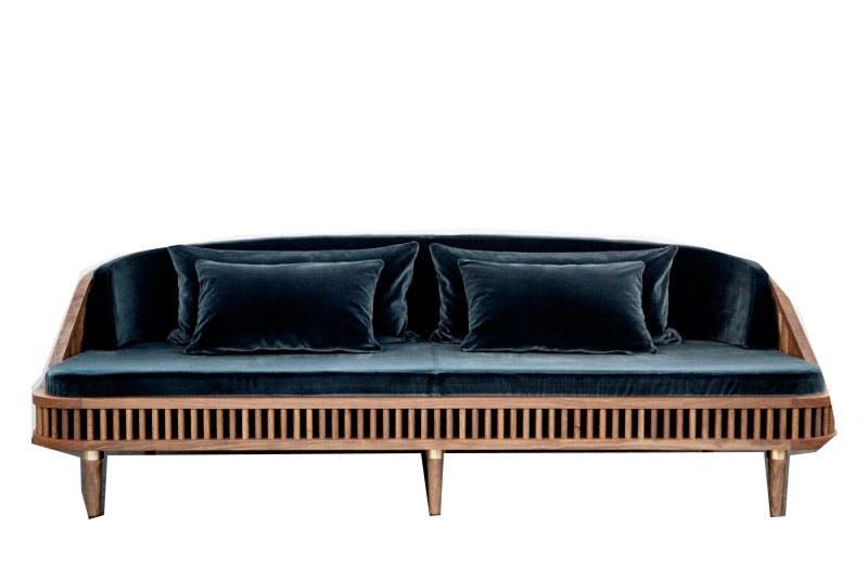 Sofa med fin form og farge