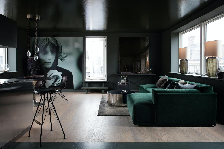 b4776cb6 Praktfull penthouse-leilighet i mørke farger | Bo-bedre.no