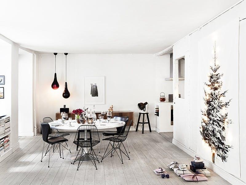 Sett juletreet på veggen