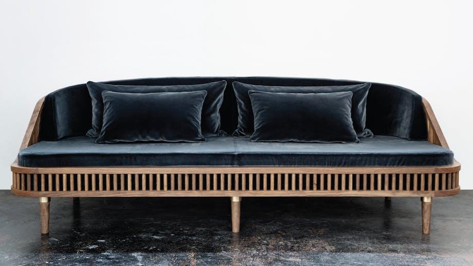 Sofa i blå velour