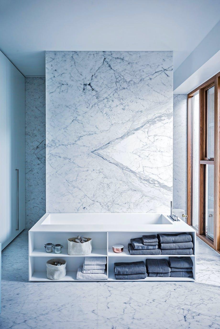 Badet i marmor