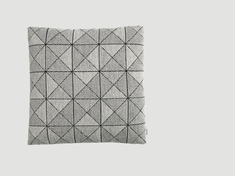 Pute med geometrisk mønster