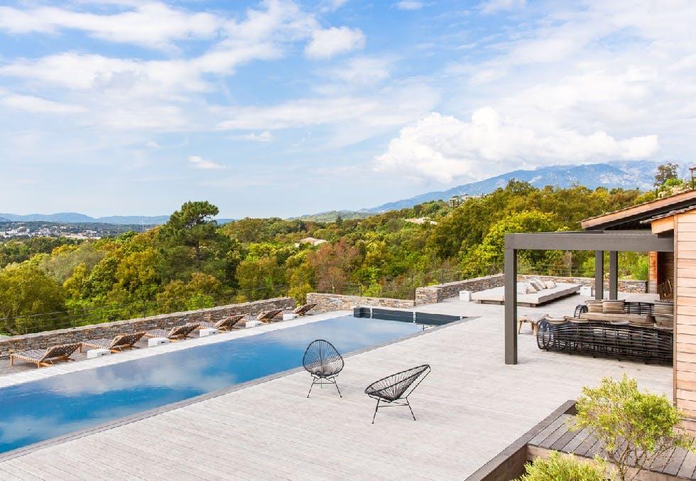 Feriehus på Korsika med luksus-sus