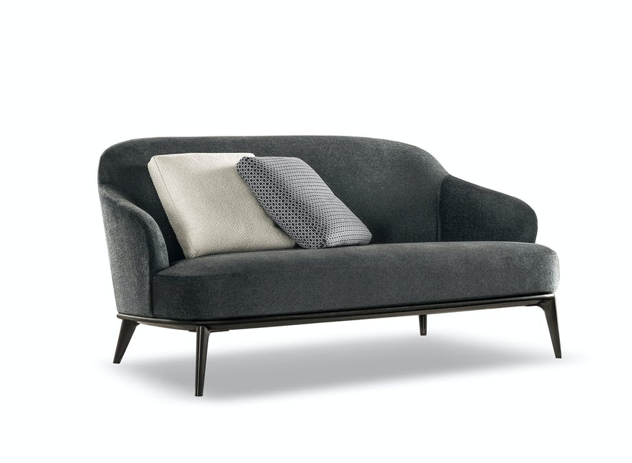 Sofa Leslie, design Rodolfo Dordoni for Minotti, fra 52 765 kr, Christians Interiors.