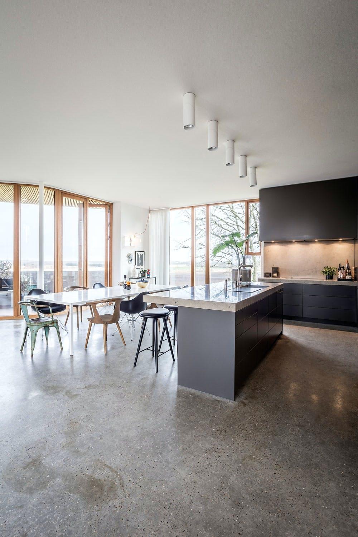 Lyst kjøkken