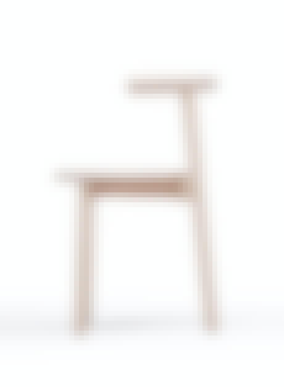 Spisestuestol Solo, design Nitzan Cohen, 3950 kr, Please Wait To Be Seated.