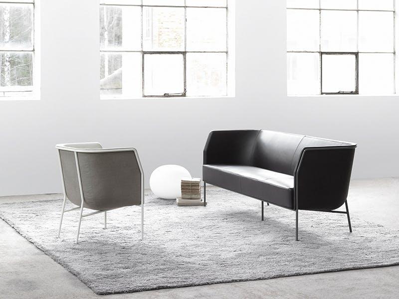 Stilig strek på stol og sofa