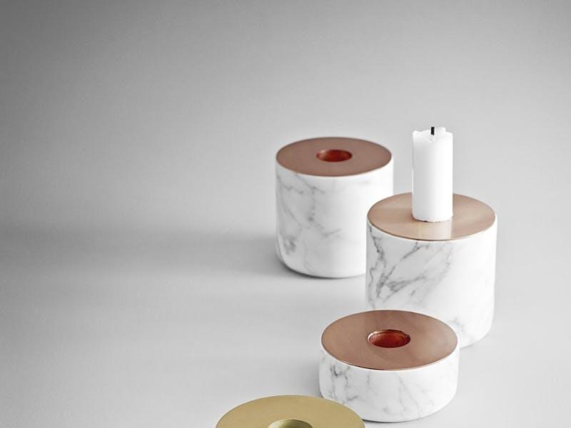 Årets tilbehør Prisen gis til et produkt som løfter og tilfører interiøret det lille ekstra - og som i seg selv har det lille ekstra hva gjelder kvalitet og uttrykk.