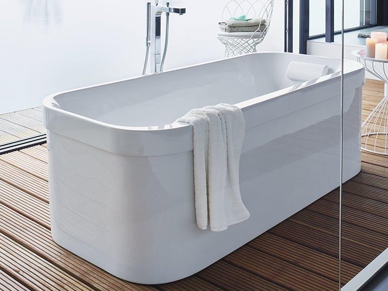 Tidløse former på frittstående badekar