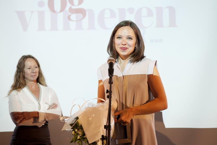 Benedicte Sunde delte ut prisen til Årets nykommer