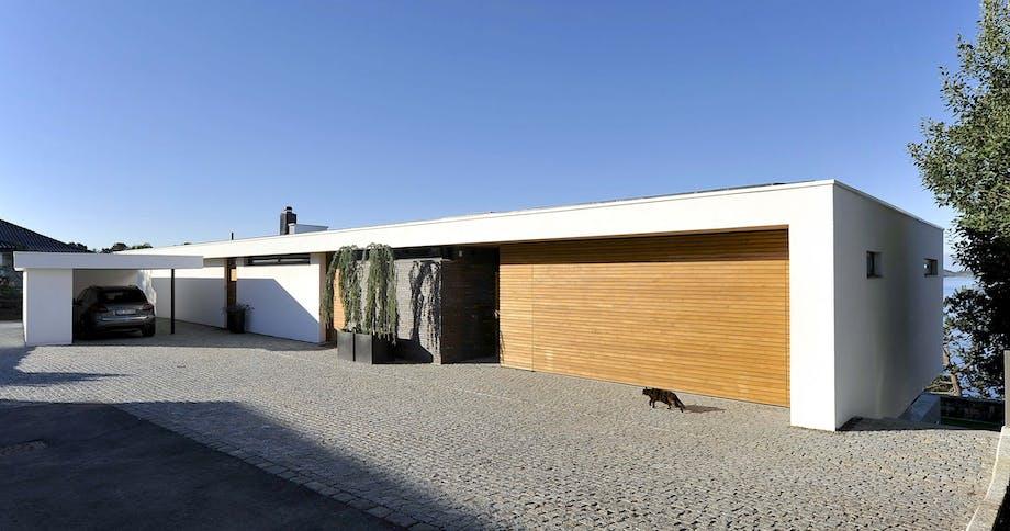 Enkel og stram fasade