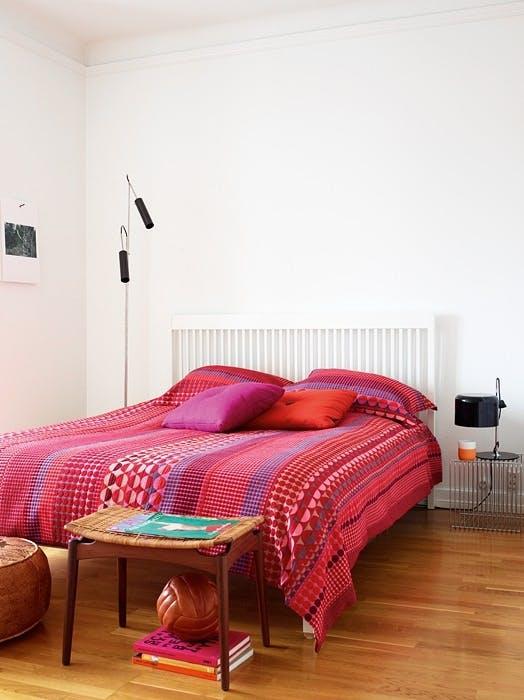 Fargerikt på soverommet
