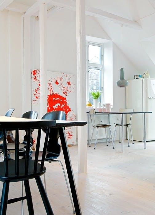 Kjøkkenplass og spisebord