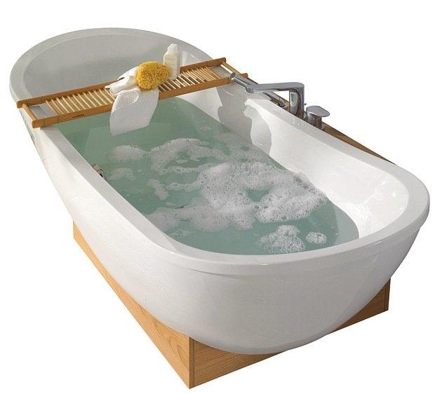 Tettningstape til montering mellom badekar og vegg, for å forhindre vannsøl 3.5M X 2.8CM OBS!