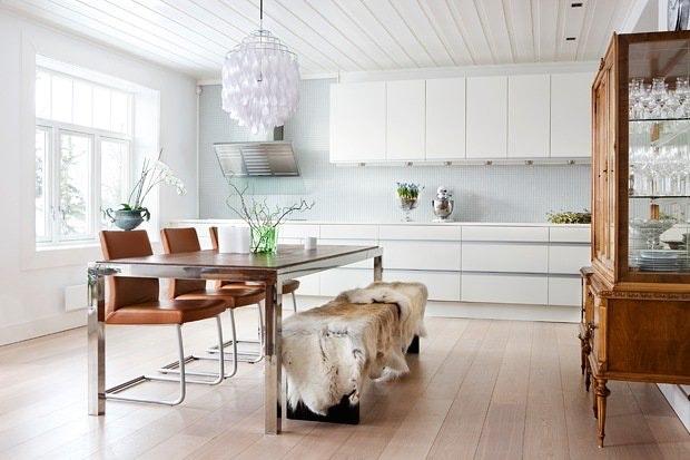 Hele kjøkkenet på én vegg
