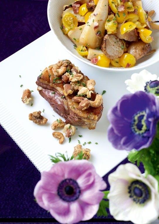 Lammeculotte med stekte nøtter og konfiterte grønnsaker