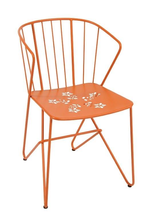 Fargerik stol i jern.