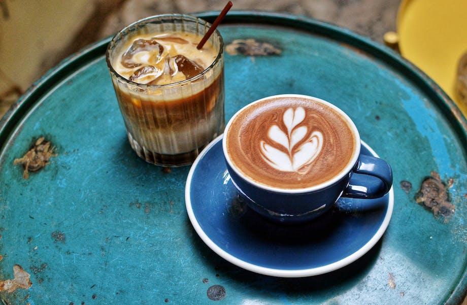 Iskaffe og cappuccino