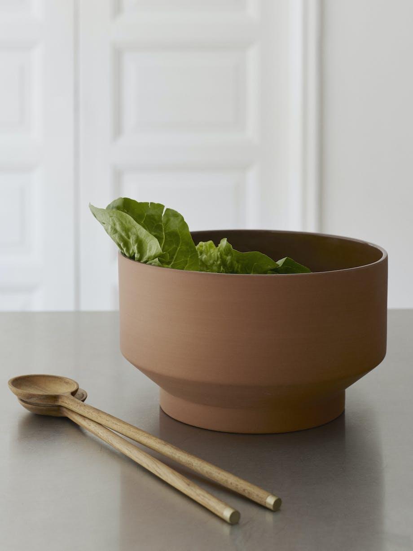 Skagerak salatbestik bæredygtigt træ messingdetalje