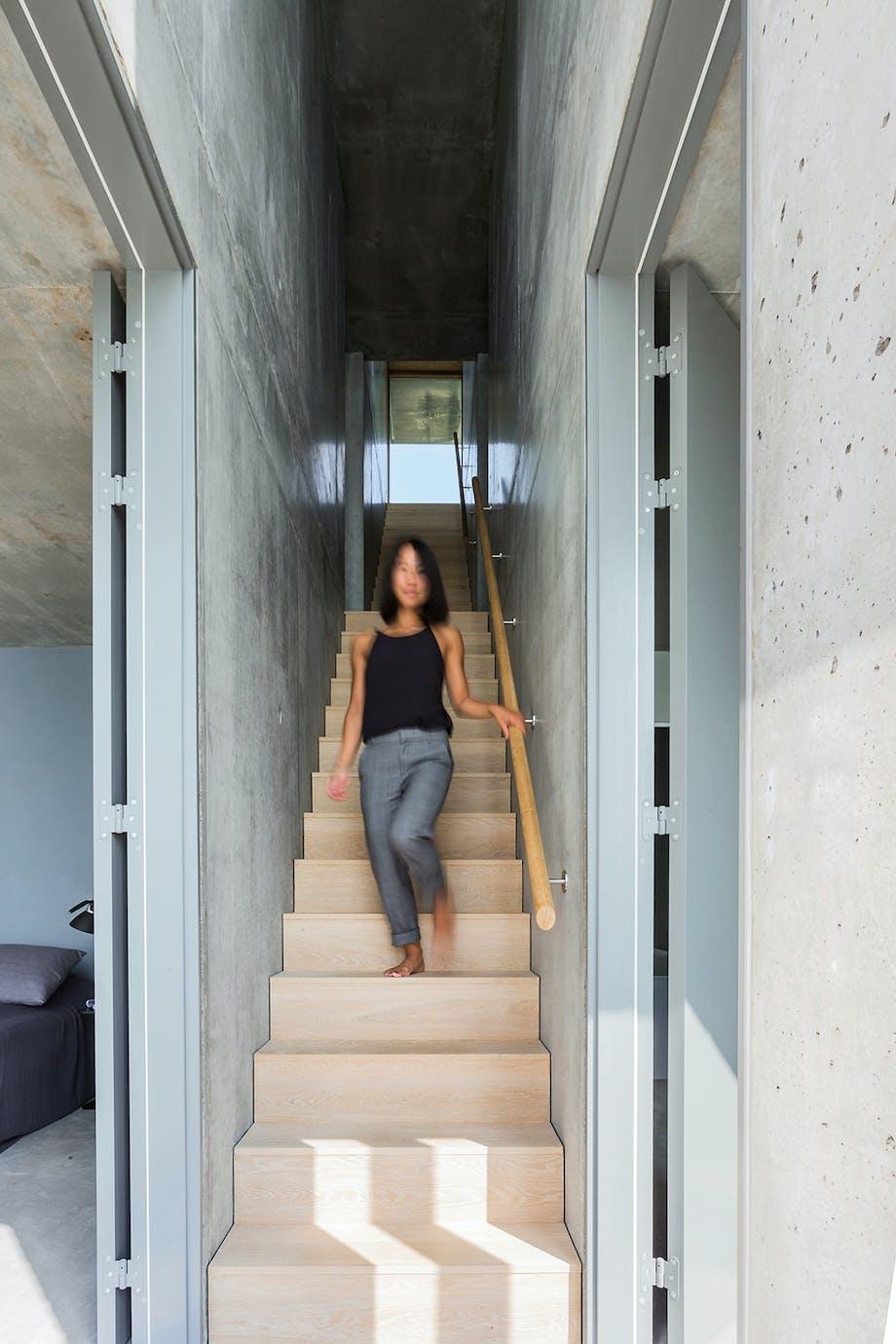 Datteren Lin trappe gang beton egetræ